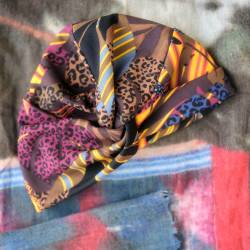 Bonnet Cross Jude à motifs kaki orange et violet